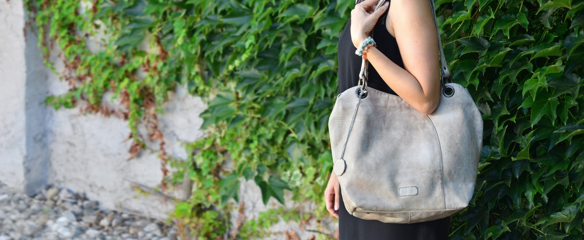 388a26d909 Kabelky – Nakupujte online kvalitní kabelky od českého výrobce
