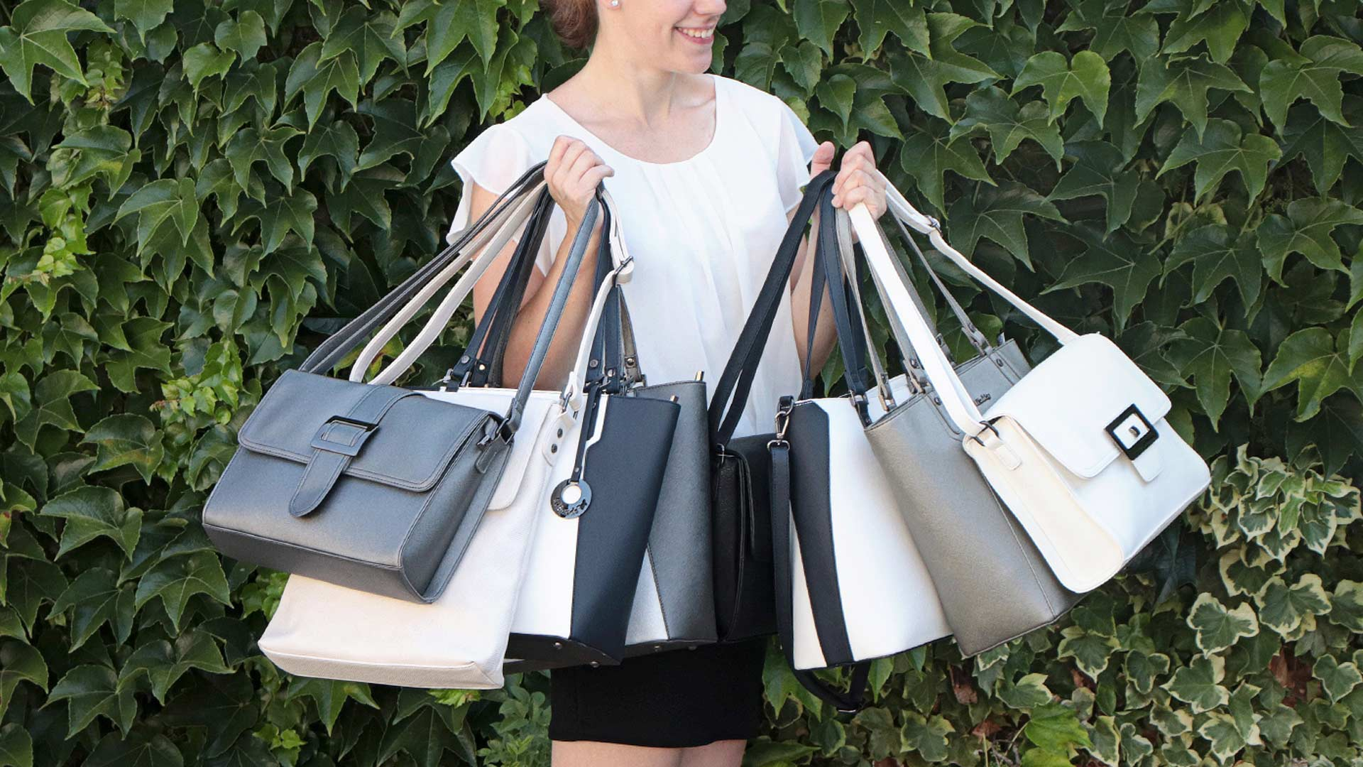 Letní výprodej kabelek: 40 % SLEVA
